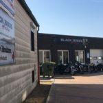 Black Heritage Bikes - Zufahrt von der B6